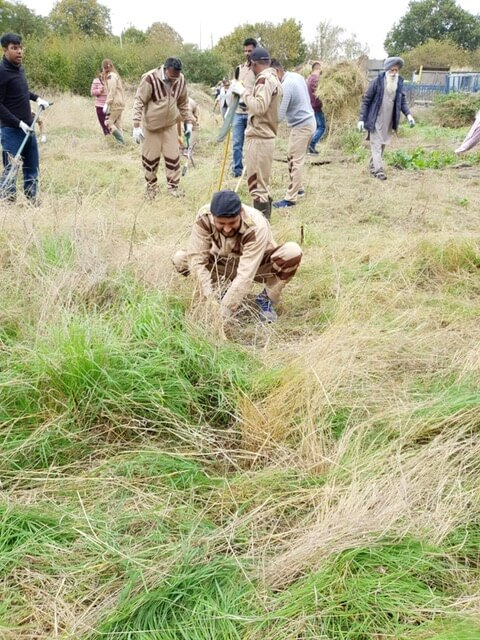 Cleanliness Drive by DSS volunteers, in Feltham, London