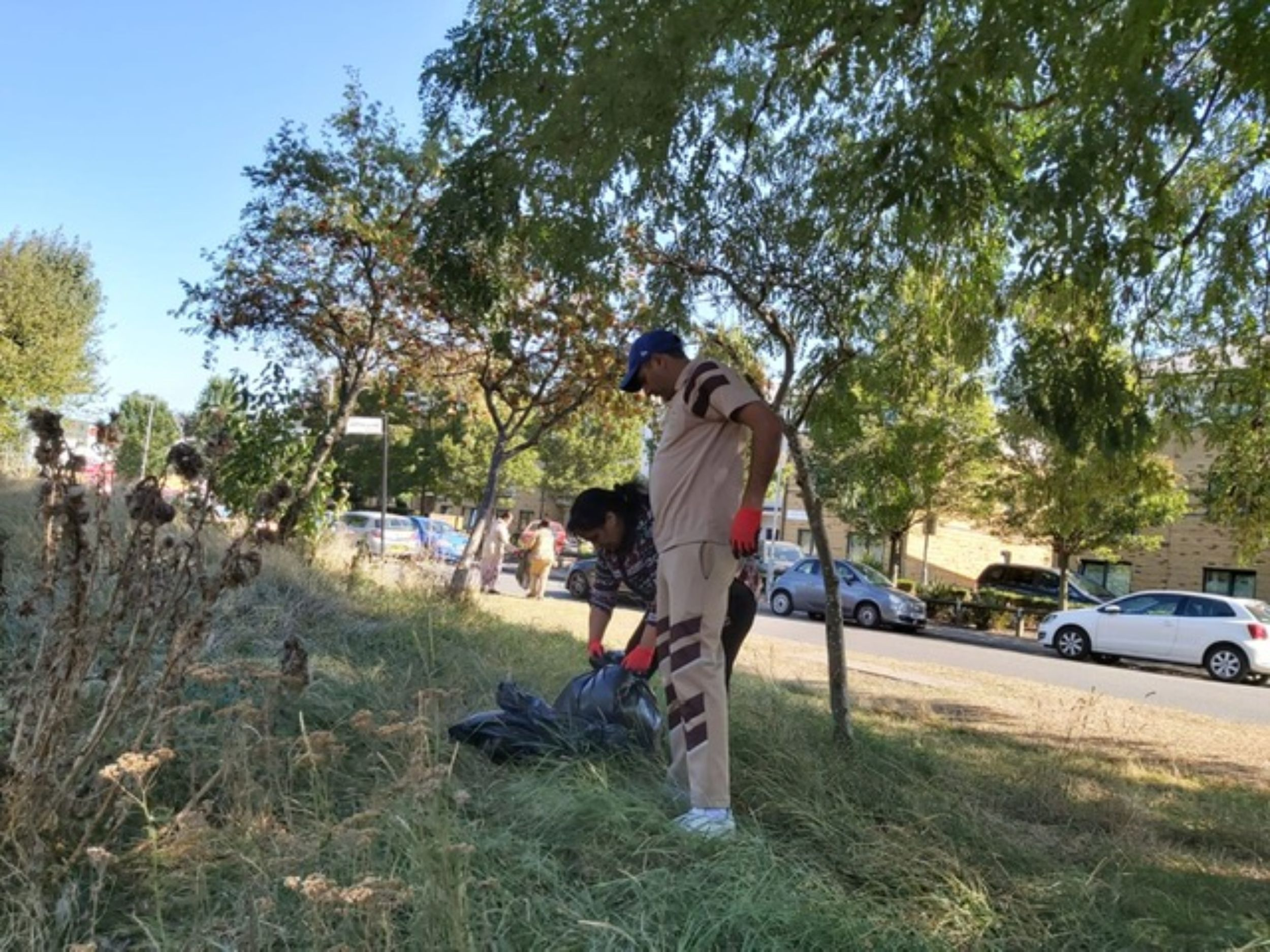 Sadh Sangat conducted a public cleanliness Northhold, UK